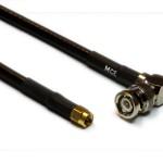 H 155 konfektioniert mit BNC Winkelstecker Löt / Crimp zu SMA Stecker Crimp