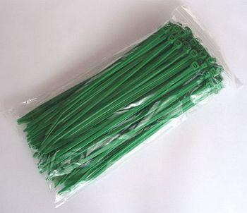 Grüne Kabelbinder